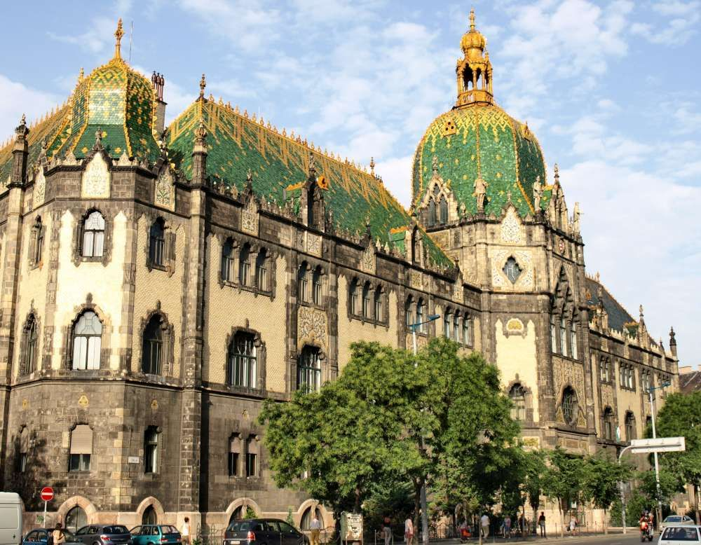 Dobitnica putovanja u Budimpeštu u nagradnoj igri povodom izložbe Marijana Trepšea