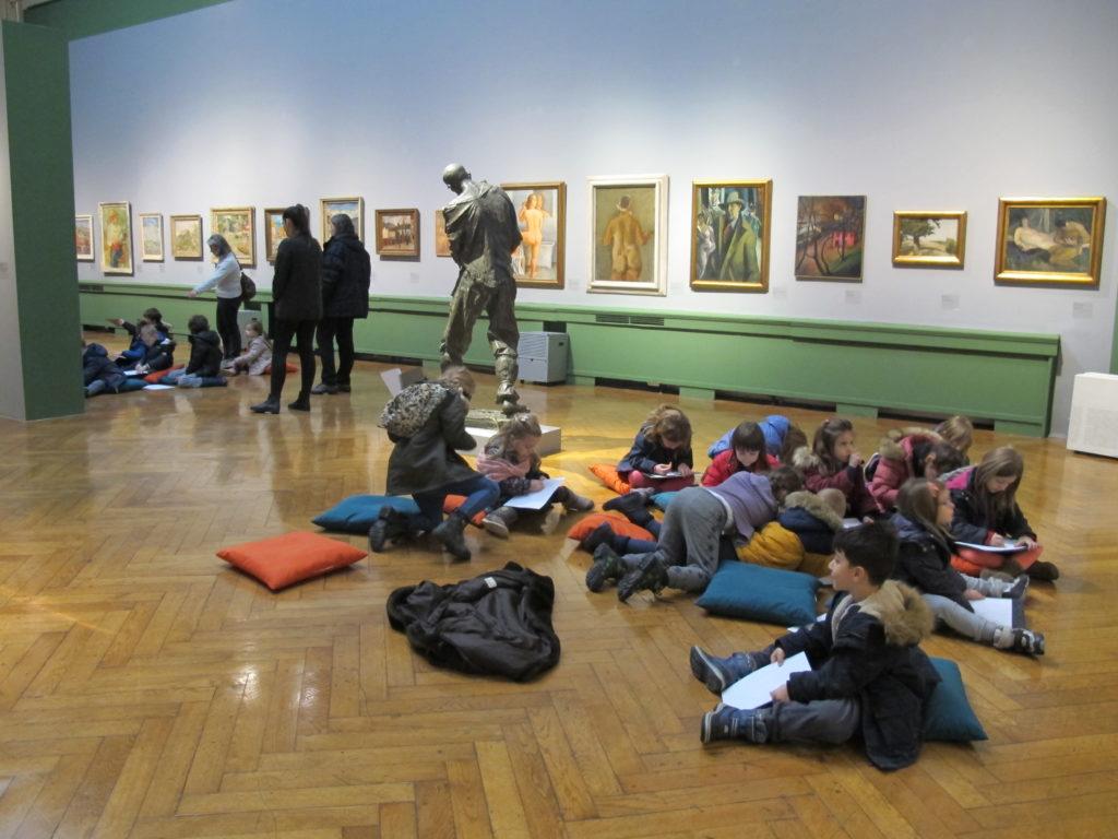 Posjet dječjeg vrtića Malešnica izložbi Likovni vremeplov