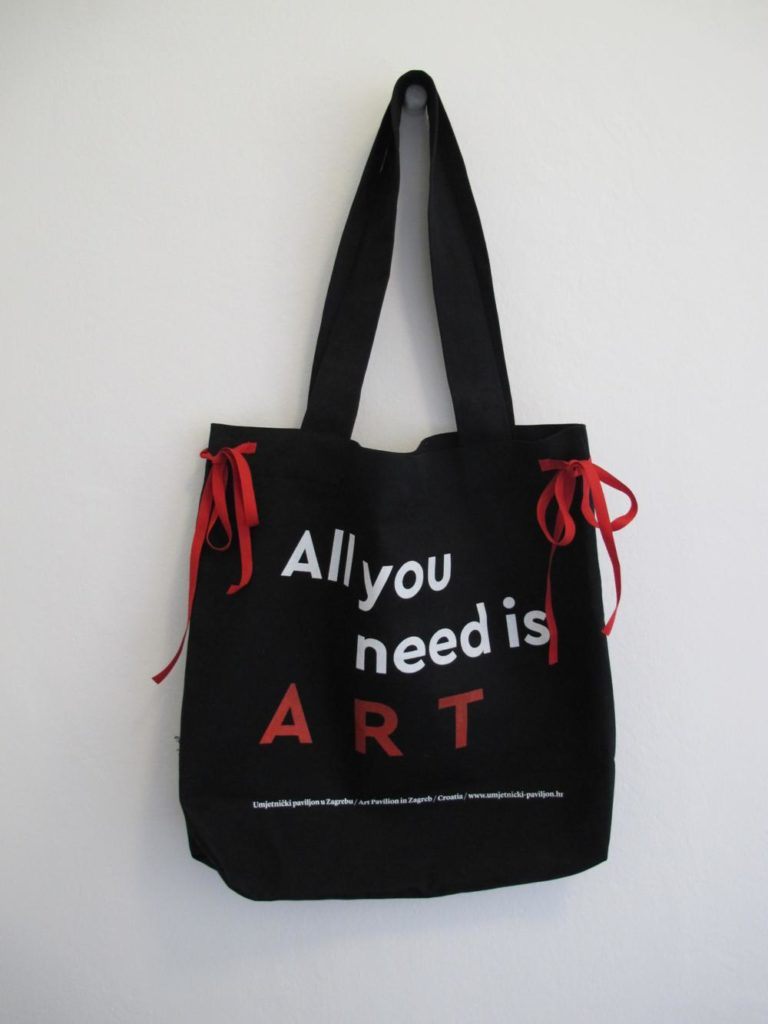 Torba All You Need is Art