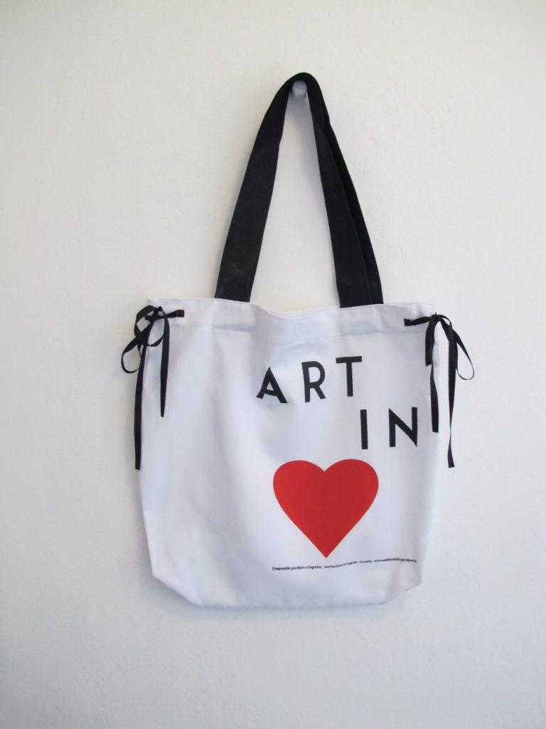 Bag Art in Heart